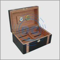 Hot Sale Good Quality Black color MDF board material wooden Humidor/Cigar box thumbnail image