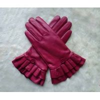 Leather gloves from China