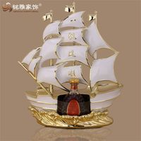 Ornament polyresin material sailing boat statue for business gift