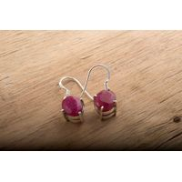 92.5 sterling silver Ruby Earring
