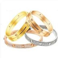 women's fashion bracelet