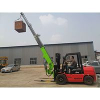 Forklift flying boom crane, plug-in truck and crane, dual purpose in one truck