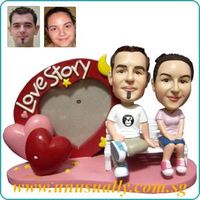 CUSTOM 3D CARICATURE FIXED OR BOBBLEHEAD FIGURINES MADE TO LOOK LIKE U & YOUR LOVED ONE - WWW.UNUSUA