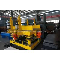 Sandry resin sand reclamation and molding line--vibrating table
