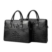 Customized genuine leather men bags made in China