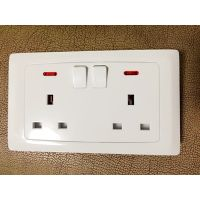 13A DOUBLE SWITCH SOCKET