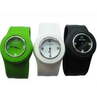 Fashion Silicone Slap Sport Watch