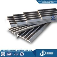 Carprt tile eding strip for exterior stairs