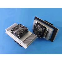 Thermoelectric cooling system