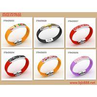 women and men's fashion bracelet