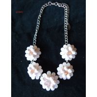 latest fashion flower bead  necklace