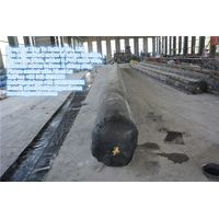 Rubber balloon for culvert and bridge formworks