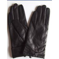 Lady's Leather Gloves thumbnail image