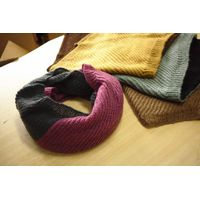 scarf thumbnail image