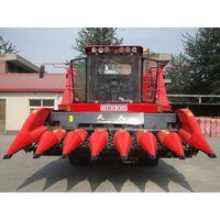 TR9988-7A Self-propelled Corn Picker