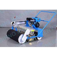 Gasoline engine New design manual 8 rows vegetable seeder, vegetable walker machine+8618006107858