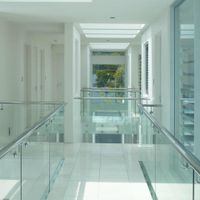 general architectural laminated glass, with high transparency rate