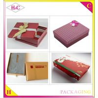 Wholesale Luxury Gift Folded Paper Box Gift Box with Hot Stamped