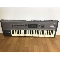 Korg-N364-Synthesizer-Workstation-in-Good-Condition thumbnail image