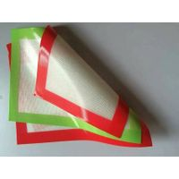 different thickness and color silicone oven pad