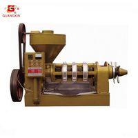 Oil press machine with temperature control
