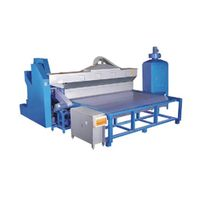 Automatic glass sandblasting machine