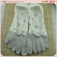 cartoon five toe socks factory OEM