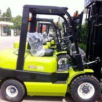 Imported Japanese Isuzu engine forklift truck