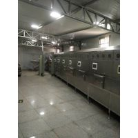 Tunnel type continuous ultrafine powder microwave drying equipment