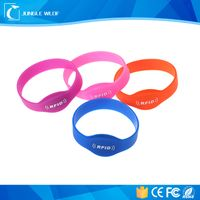 Supply Factory Price Reusable 13.56MHz Custom RFID Wristband