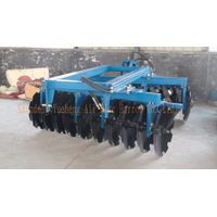 Semimounted heavy disc harrow agricultural machine