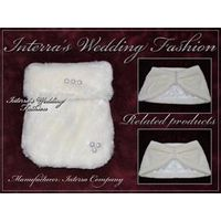 Fur wedding accessories: fur bridal handbags from manufacturer