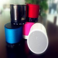 2013 newest mini portable bluetooth speaker with FM radio