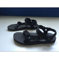 TEVA stocked beach Sandal