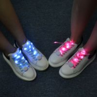 New Promotion Luminous Shoelace LED Flashing Shoelace Light Up Shoe Shoelaces Christmas Gifts