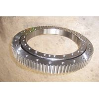 Four-point contact bearing slewing rings