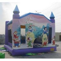 inflatable castle/ jump bouncer