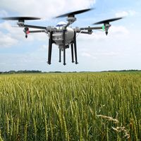 Intelligent Remote Control 10KG payload Drone Agriculture Sprayer Pesticide Sprayer UAV Drone thumbnail image