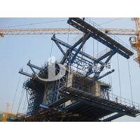 travelling formwork system for bridge construction