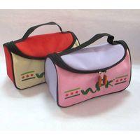 Nylon durable handbag with zipper and printing