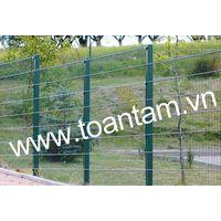 Welded steel fence