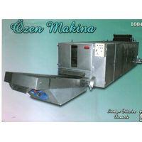 Automatic strapped roasting machine