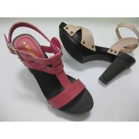 Woman shoes wtih fashion style