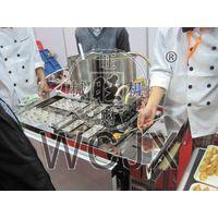 Automatic taiyaki machine