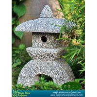 japanese garden stone lanterns