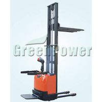 China Electric Pallet Stackers