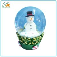 China manufacturer high quality winter snowman snow globe