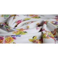 Digitally Printed Flower Plain Woven Rayon Fabric