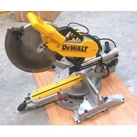 "DeWALT - Heavy-Duty 10"" Double-Bevel Sliding Compound Miter Saw"