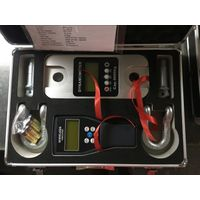 Marine dynamometer with shackle for filled water bag